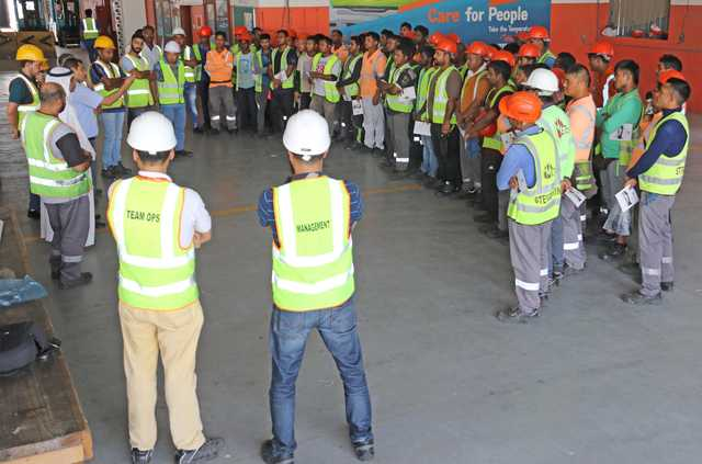 <p><em>Mr Al Musaed addressing workers at the event.</em></p><p><br></p><p><br></p>