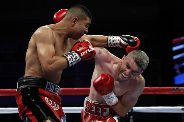Other Sports: Munguia dominates Smith to retain WBO title
