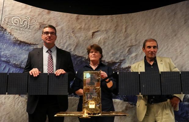 Tech Talk: Liquid water lake discovered on Mars
