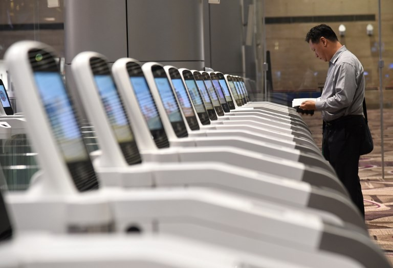 Singapore tests eye scans at immigration checkpoints-media