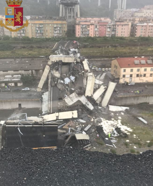 World News: PICTURES & VIDEO: Motorway bridge collapses in Italy, dozens feared dead