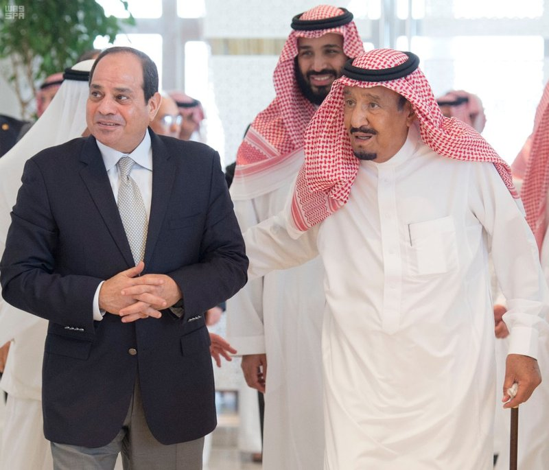 Saudi King receives Egyptian president in Neom
