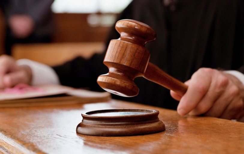 Kuwaiti wife defends adulterous husband in court
