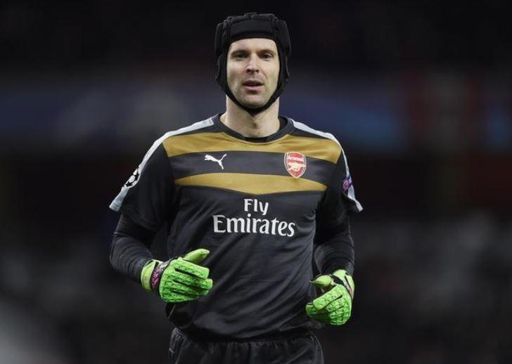 Emery to keep faith in Cech