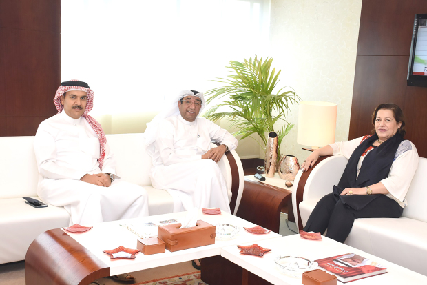<p>Bahrain Chamber of Commerce and Industry chairman Sameer Nass received at Bait Al Tijjar Egyptian Ambassador Suha El Far, in the presence of deputy treasurer Waleed Kanoo.</p> <div>They hailed Bahrain-Egypt relations and underlined the importance of stimulating trade, investments and joint ventures.</div> <div></div> <div>They also discussed cementing liaison between members of the business community through exchange of visits and holding business events.</div>
