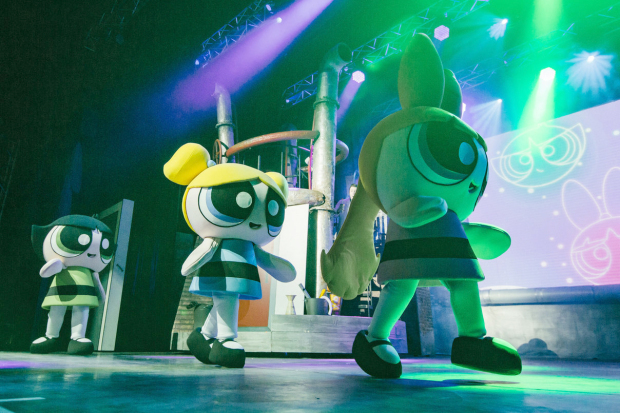 Popular cartoon characters to unite on stage