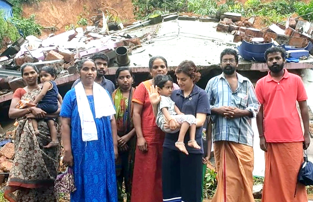 Donations pour in for Kerala flood victims