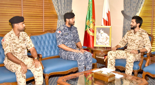 <p>Royal Guard Commander Brigadier Shaikh Nasser bin Hamad Al Khalifa yesterday met the seventh contingent of BDF participants in a British humanitarian assistance ship and commended their good efforts during their mission from June 22 to August 31, in co-operation with British troops in the Mediterranean Sea.</p>
