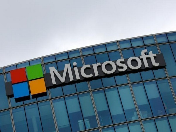 Microsoft allows Windows 7 users to pay for security until 2023