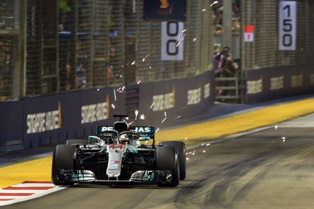 Singapore Grand Prix: Hamilton grabs pole