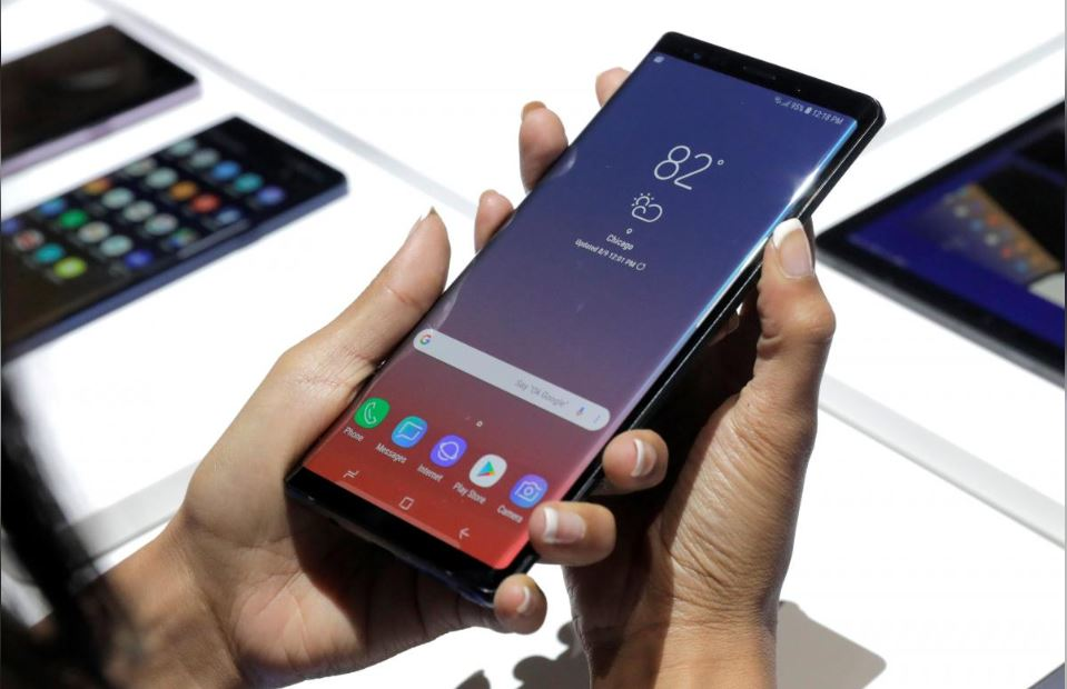 Samsung Galaxy Note 9 allegedly catches fire in a woman's purse