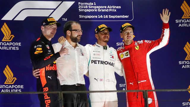 Hamilton pushing towards fifth title