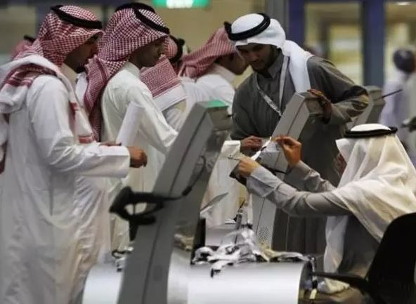 60,000 expats work in the government sector