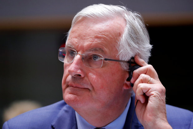 EU summit takes Brexit battle into final straight