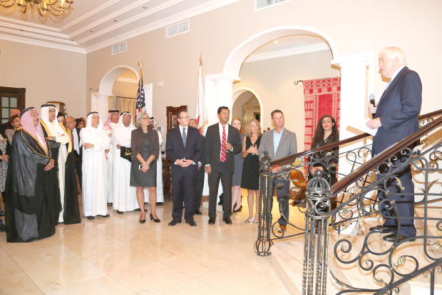 <p><em>Mr Donohue addresses guests at the event, in the presence of Mr Siberell and Mr Nass</em></p><p>US Ambassador Justin Siberell hosted, at his residence in Saar, a reception in honour of visiting US Chamber of Commerce president and chief executive Thomas Donohue. </p><div>Joint efforts to strengthen bilateral economic ties, enhance trade and encourage investment between the two countries were highlighted to leaders of Bahrain's business community and members of the American Chamber of Commerce. </div><div><br></div><div>Present was Bahrain Chamber of Commerce and Industry chairman Sameer Nass. </div><p><em><br></em></p>