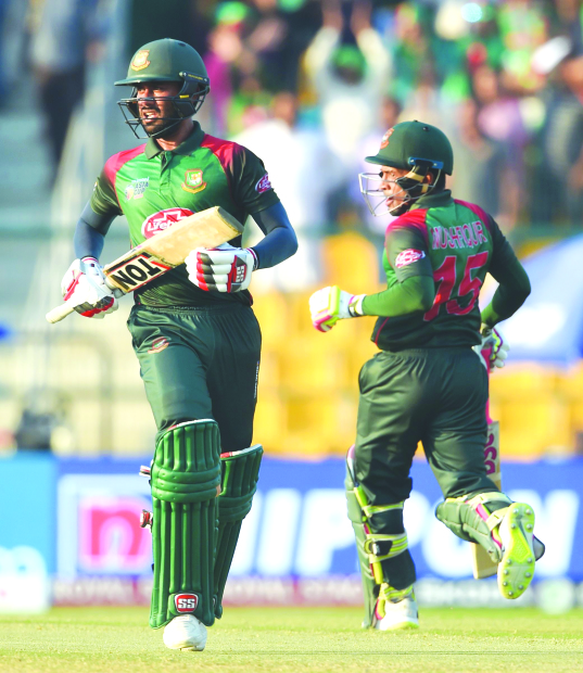 Asia Cup: Bangladesh book final slot in style
