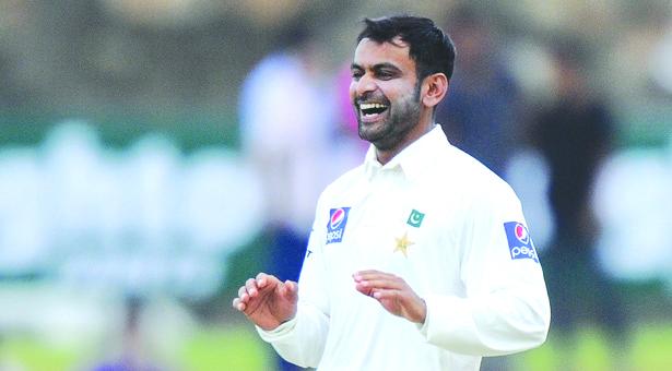 Hafeez back in Pakistan Test squad