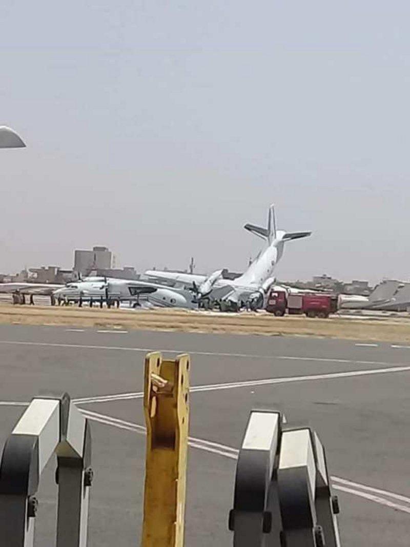 Khartoum Airport shut down after two planes collide