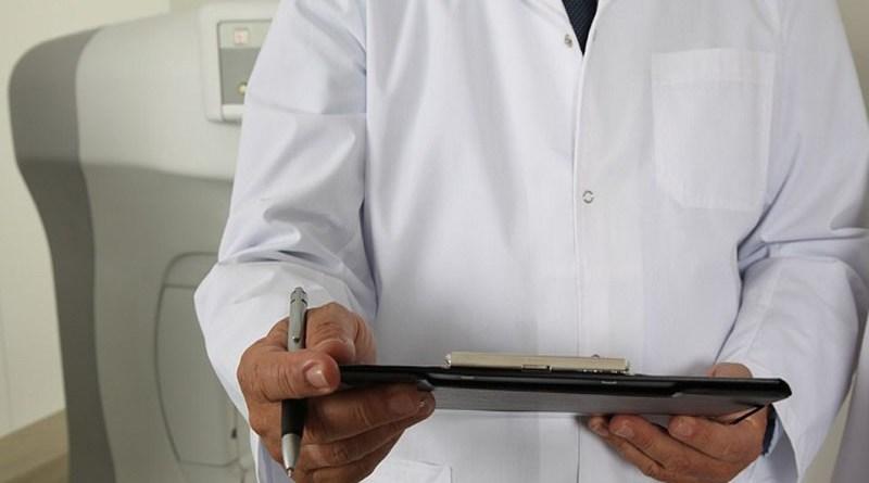 Oman: X-ray and medical reports mandatory for expats to renew visa