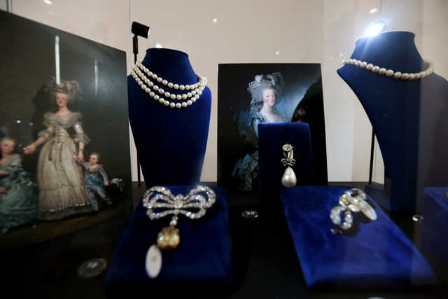 PHOTOS: Marie Antoinette's jewellery on display in Dubai before auction