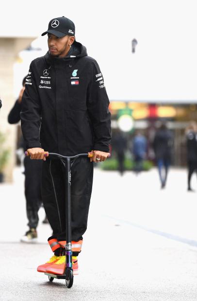 Hamilton eyes world title at US Grand Prix