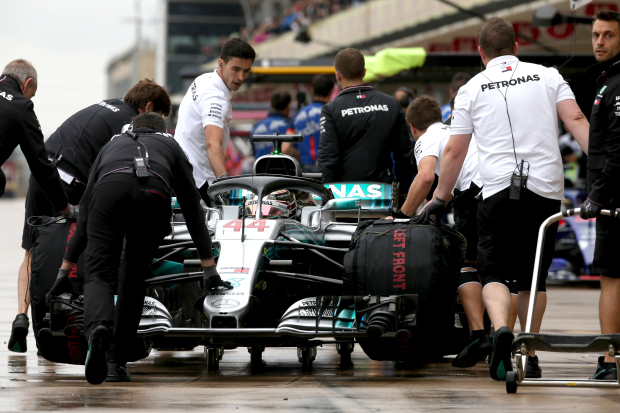 Hamilton tops US GP practice