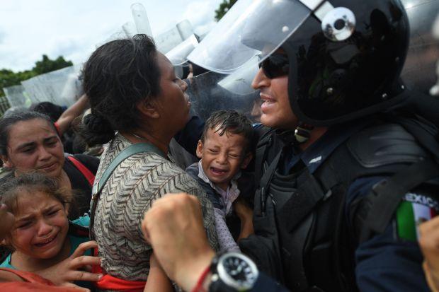 Migrant caravan halted after storming Guatemala-Mexico border