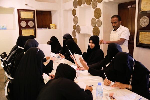Dubai Culture hosts wood, gypsum workshop