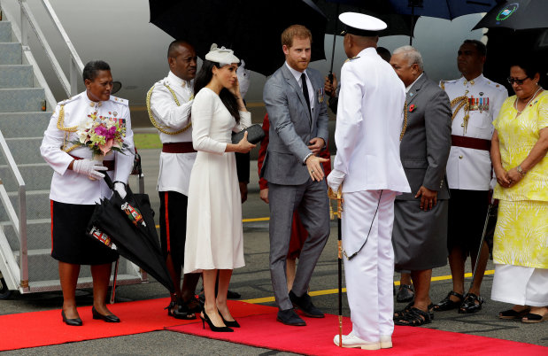 Celebs: PICTURES: Harry and Meghan arrive in Fiji in British royals' first visit since 2006 coup