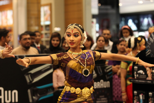 <p><em>Member of the troupe perform.</em></p>