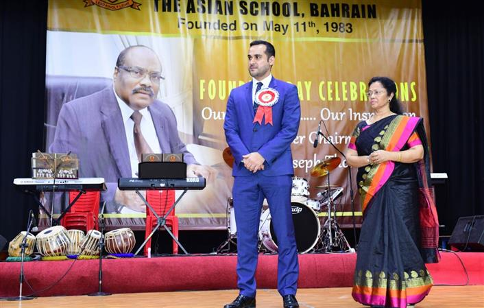 <p>The Chief Guest for the evening was Dr Mazen Mohammed Ali, Chairperson of Information Systems, College of Information Technology at the University of Bahrain who is also an ex-student of the school.</p>