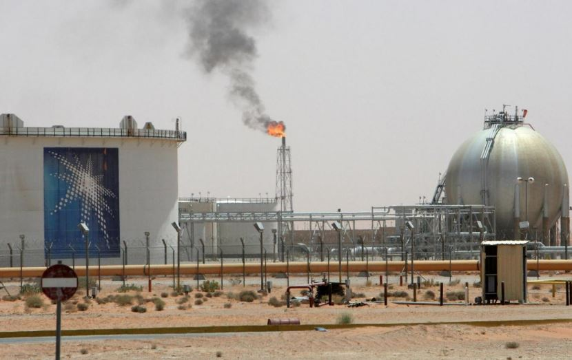 Saudi: No consensus yet among oil producers to cut output