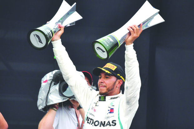 Mercedes pocket constructors' title for fifth year in row
