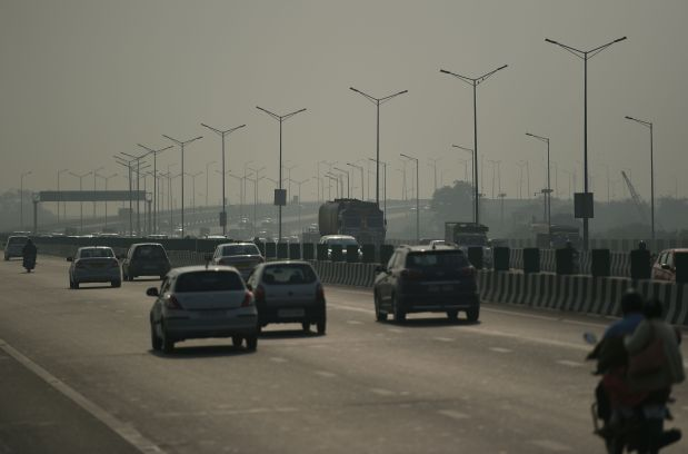 Delhi's air quality in 'very poor' category