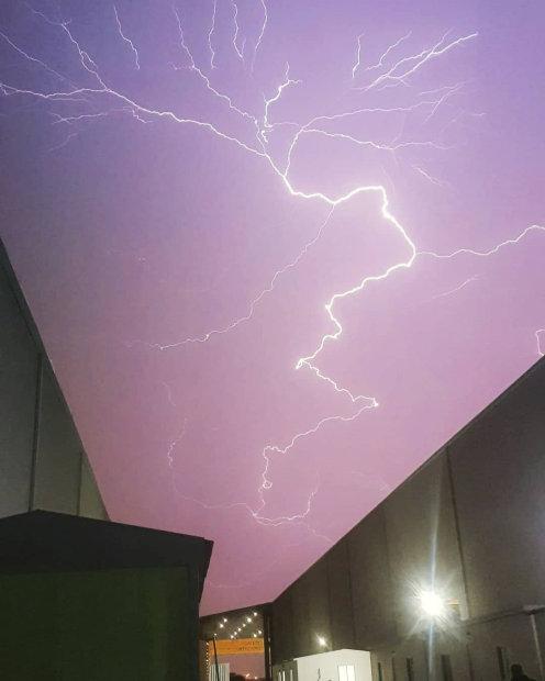 PHOTOS: Kuwait suspends, redirects flights as weather worsens