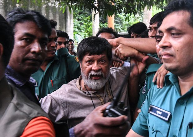 Bangladesh photographer detained during protests gets bail