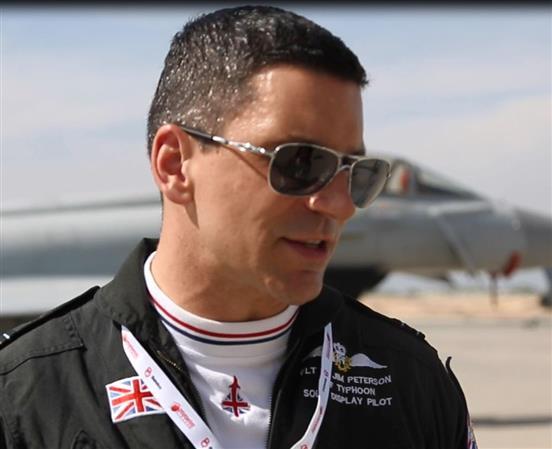 VIDEO: Bahraini skies the best says British pilot