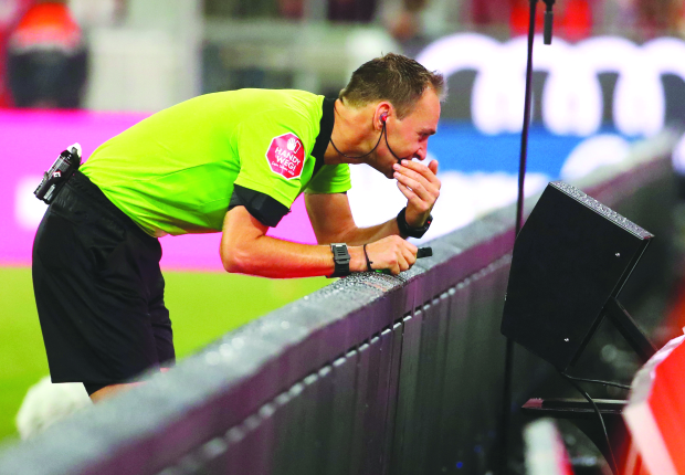Premier League set to use VAR