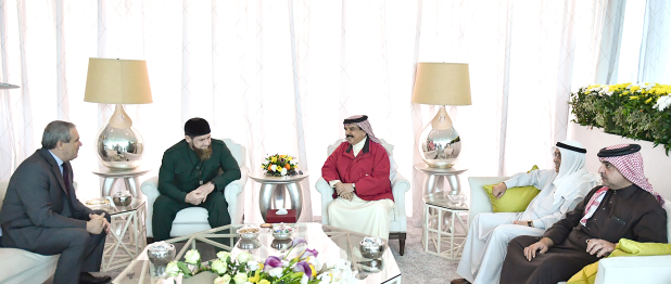 <p>His Majesty King Hamad yesterday received at Sakhir Palace Chechen President Ramzan Kadyrov and reviewed solid relations and co-operation. The King praised his successful visit to Bahrain last year, lauding his keenness to strengthen relations. Mr Kadyrov highlighted his country's interest in promoting ties with Bahrain, and commended the kingdom's growth under the royal leadership. He pointed out Bahrain International Airshow's success and investment and trade opportunities it provides. The King hosted a luncheon in honour of the Chechen delegation.</p>