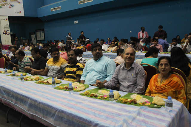 <p>More than 2,000 people took part in a traditional feast hosted by the Indian Club Manama. The feast marked the finale of the club's Onam and Diwali celebrations which also featured special performances by Indian singers and artistes. Above, people at the feast.</p>