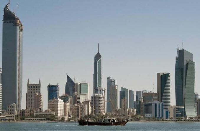 Kuwait mulling plans to cut 1.5 million expats in 7 years