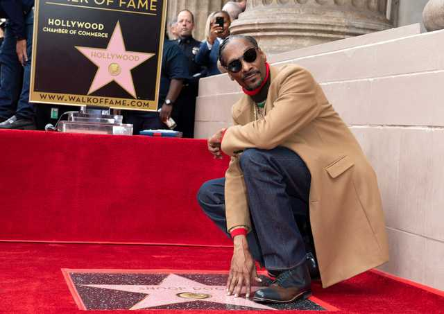 Snoop Dogg receives Hollywood Walk of Fame star