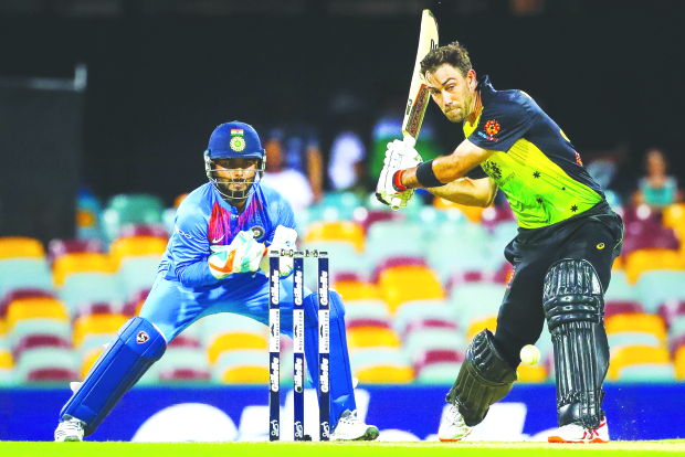 Aussies pip India in T20