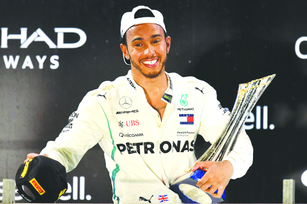PHOTOS: Hamilton ends season in style