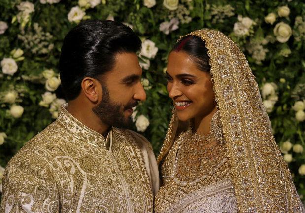 Bollywood: PHOTOS: Deepika, Ranveer ooze royalty at their Mumbai wedding reception