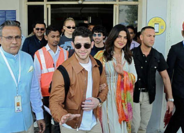 Bollywood: Priyanka, Nick off to Jodhpur for their dream wedding