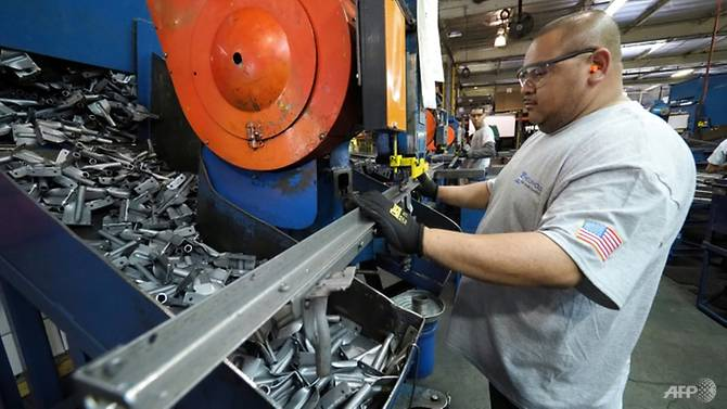 US manufacturing recovers in November on brisk demand