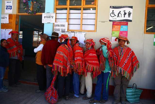 Peruvians back anti-corruption reforms in referendum: exit poll