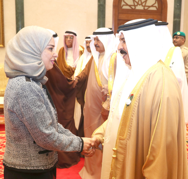 Photo Gallery: His Majesty receives members of Shura, parliament and municipal councils