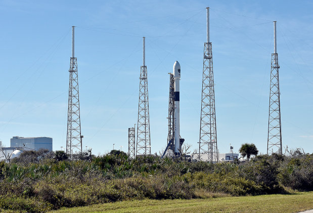 SpaceX ends year with launch of its first US military satellite